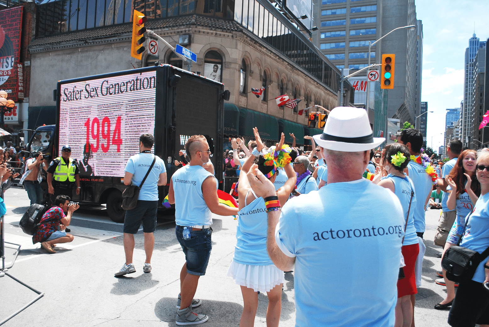 Digital Ad Truck: Aids Committee Toronto