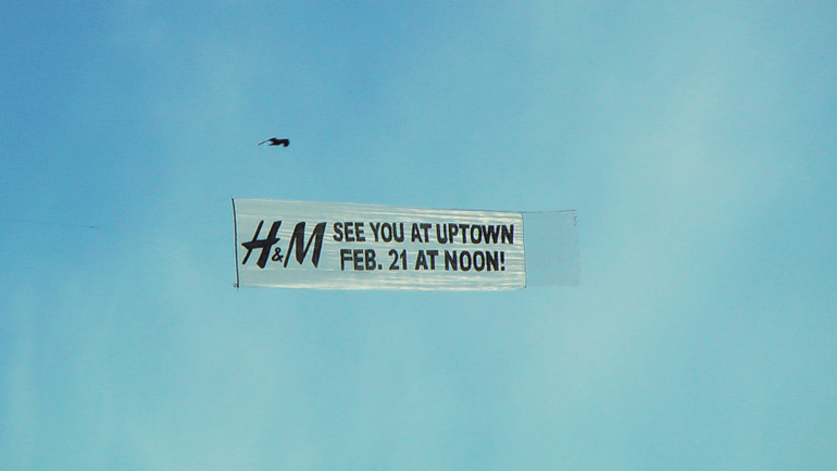 Aerial Advertising in Toronto Canada