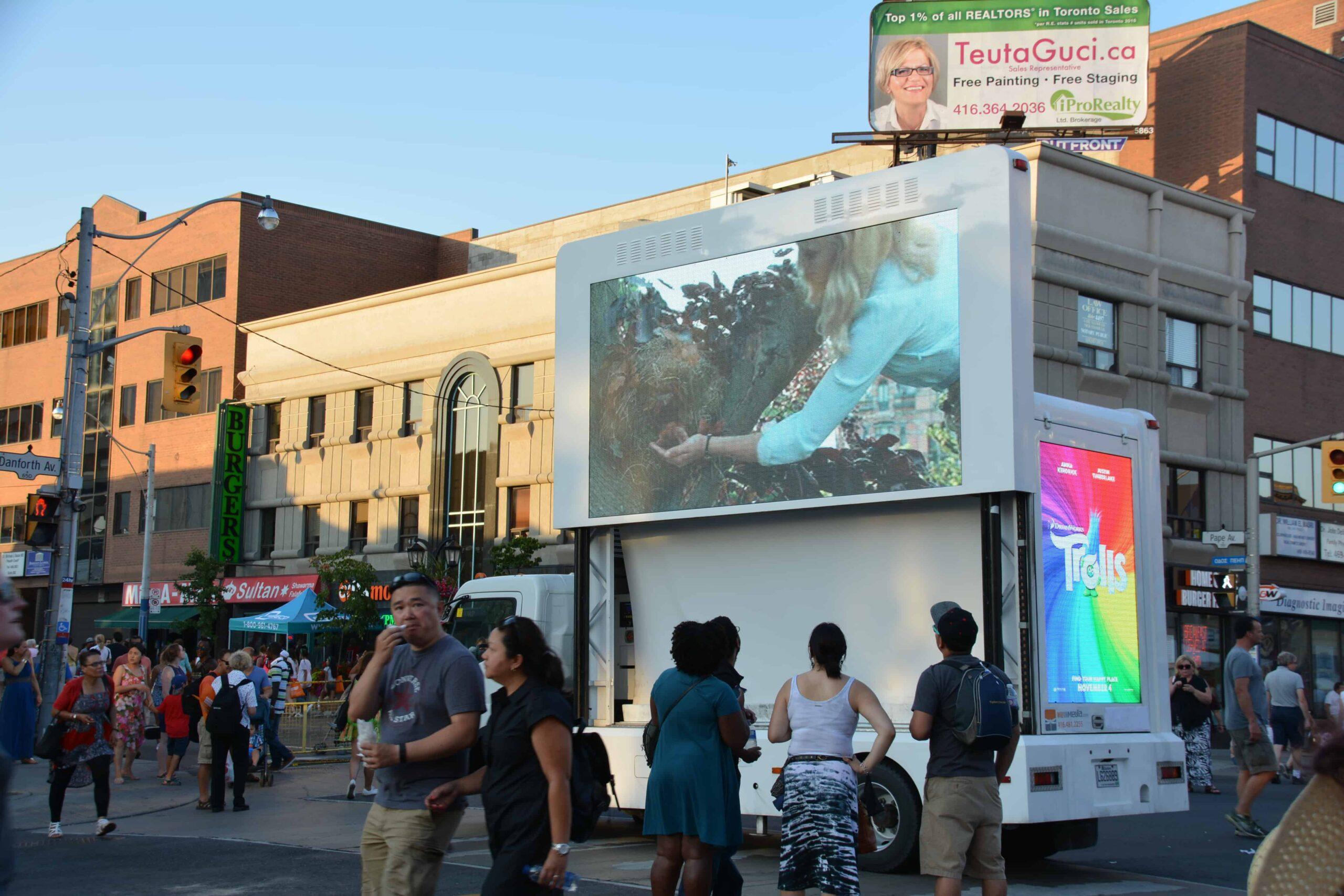 Top Billboard Advertising in Toronto Canada